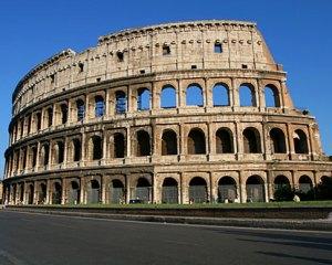 italy-rome-colosseum