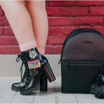 https://www.aldoshoes.com/eu/en_EU/women/footwear/boots/ankle-boots/Glitterati-Black/p/52560755-96